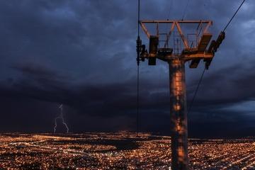: Montaje y mantenimiento de instalaciones eléctricas de AT y BT